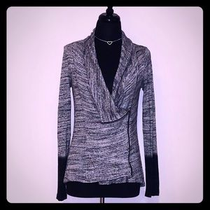 Red HAUTE Stylish Grey to Black Cardi Coat